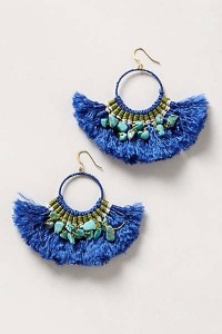 Statement earring? Yes! Can you imagine these paired with some gold bangles? Yes, please!!
