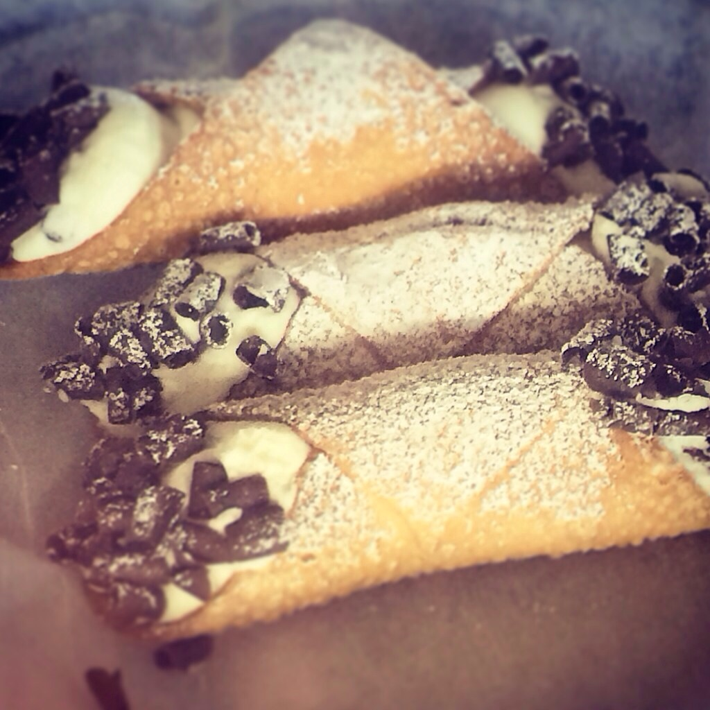 cannoli sandwich cookies recipes dishmaps cannoli sandwich cookies ...